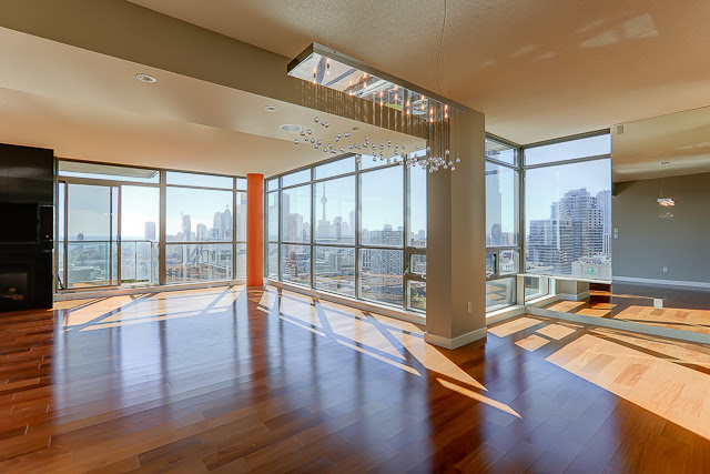 281 MUTUAL ST PENTHOUSE FOR SALE