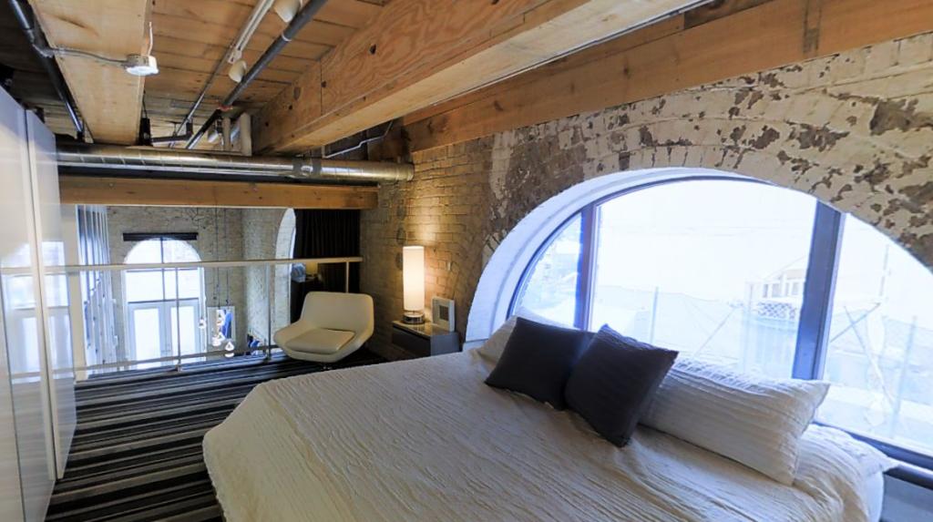 363 SORAUREN AVE - THREE BED LOFT FOR SALE - CONTACT YOSSI KAPLAN