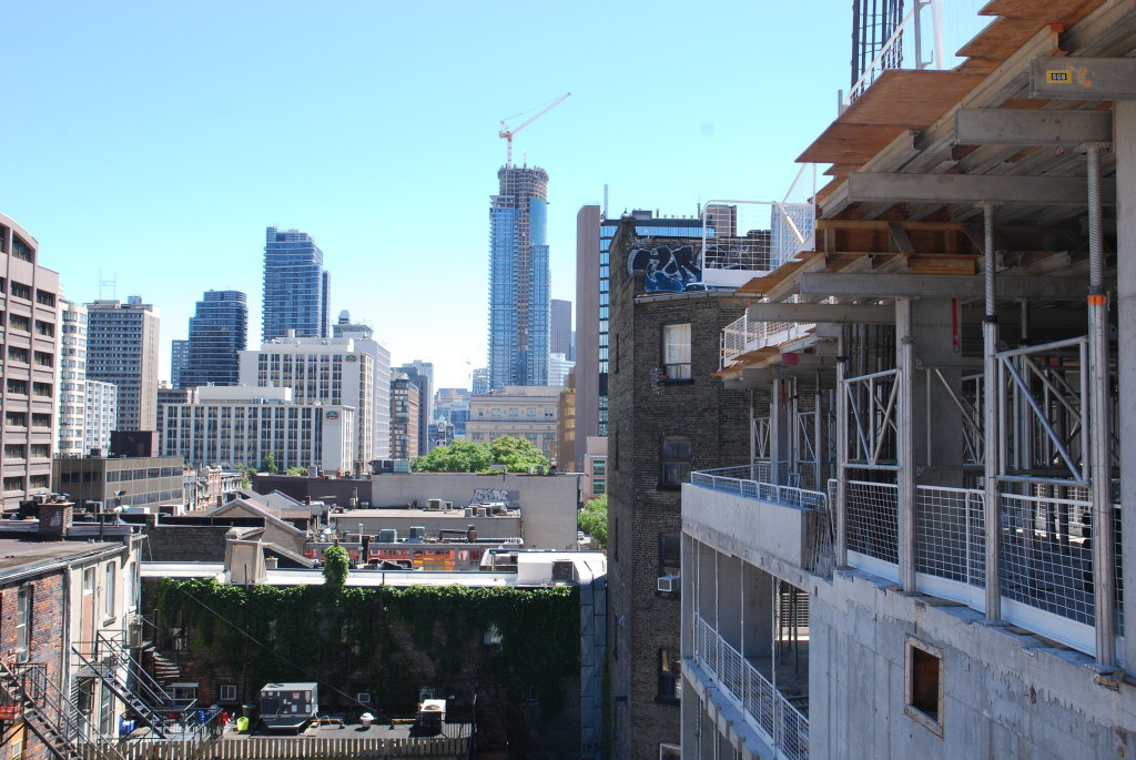 TOP FIVE DOWNTOWN INVESTMENT CONDOS FOR 2016 - CONTACT YOSSI KAPLAN