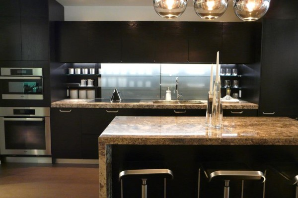 CHAZ CONDOS 45 CHARLES ST EAST - KITCHEN - YOSSI KAPLAN