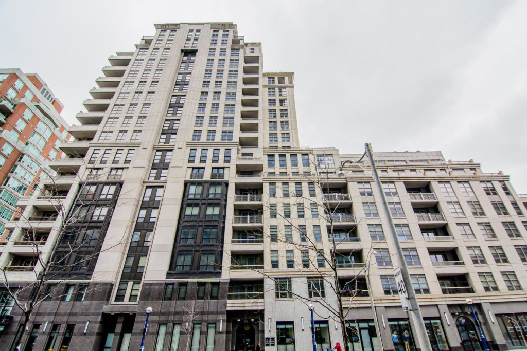 THE REGENCY YORKVILLE CONDOS FOR SALE - CONTACT YOSSI KAPLAN