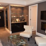 Trump Tower Toronto Luxurious 1-Bed + Library Hotel Condo
