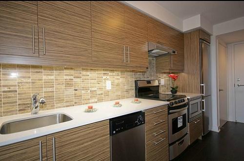 The Modern - One Bed + Den - Kitchen 2