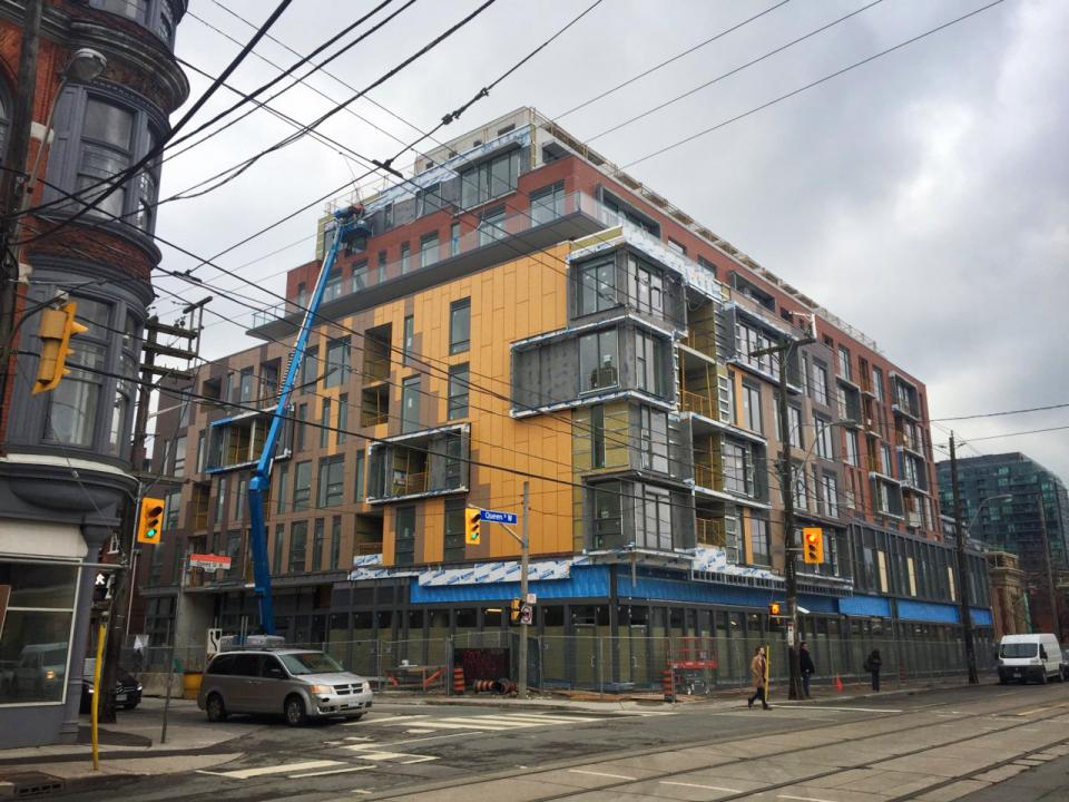 1093 Queen West - Buying or Selling? Call Yossi Kaplan