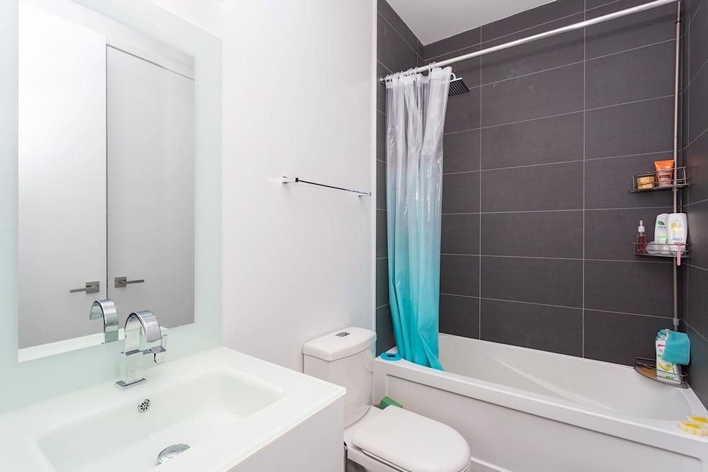 111 ST CLAIR W CONDO FOR SALE - IMPERIAL PLAZA (4)