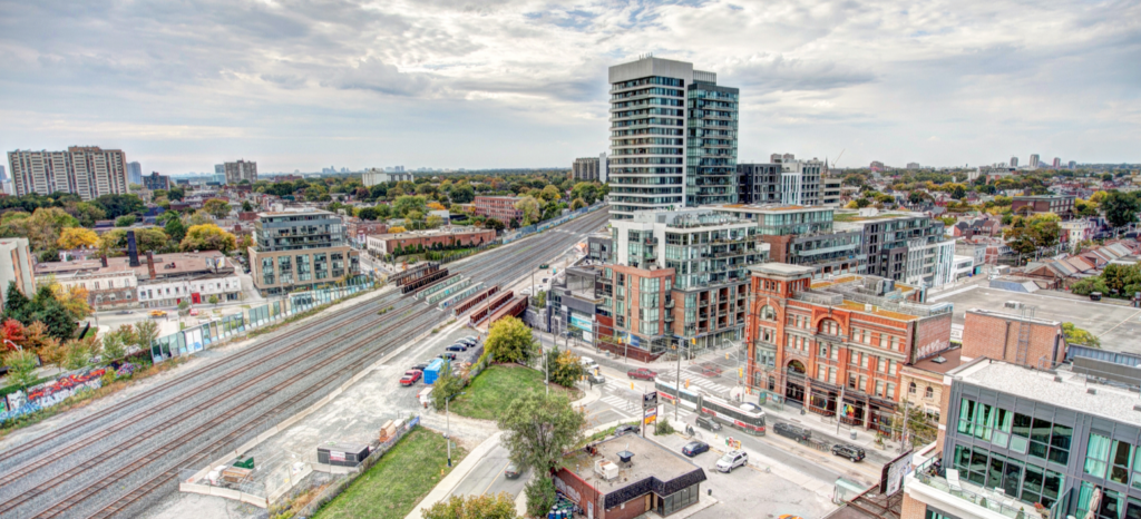 TOP FIVE TORONTO CONDO INVESTMENTS BY YOSSI KAPLAN