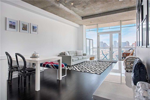 552 WELLINGTON - ONE PLUS DEN FOR SALE IN KING WEST - CONTACT YOSSI KAPLAN