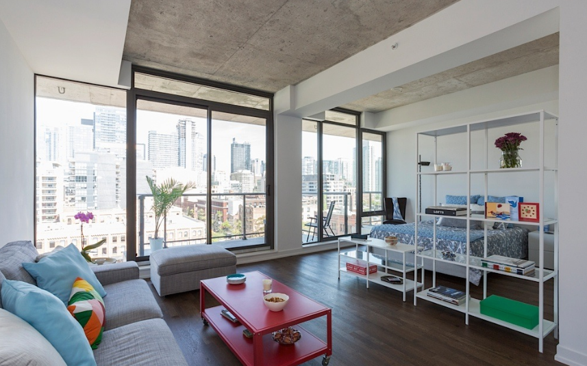 560 KING WEST - ONE PLUS DEN FOR SALE - CONTACT YOSSI KAPLAN