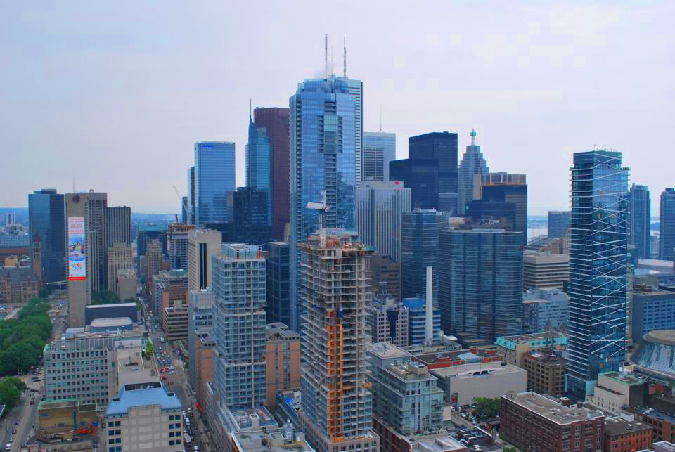 DOWNTOWN TORONTO REAL ESTATE INVESTMENTS - TORONTO CONDOS FOR SALE - YOSSI KAPLAN REAL ESTATE INVESTMENTS