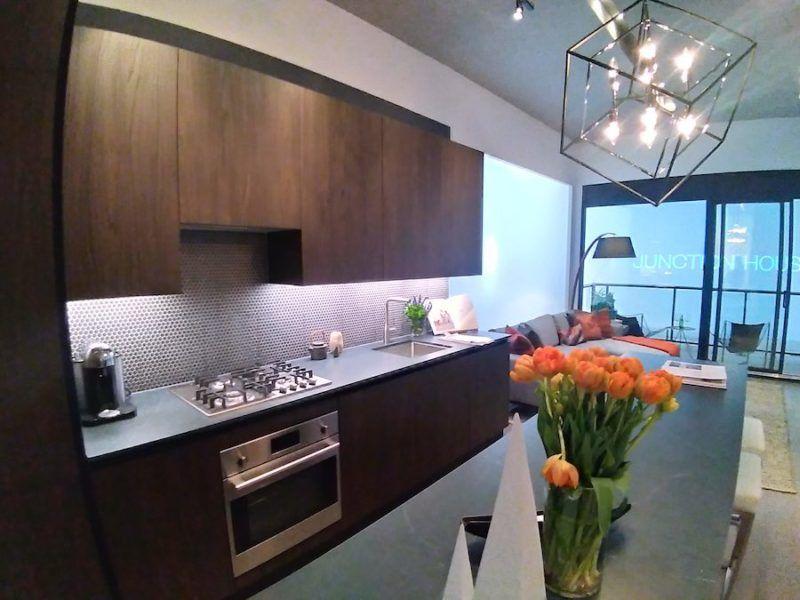 Junction House Condos - Model Kitchen - Yossi Kaplan VIP Sales
