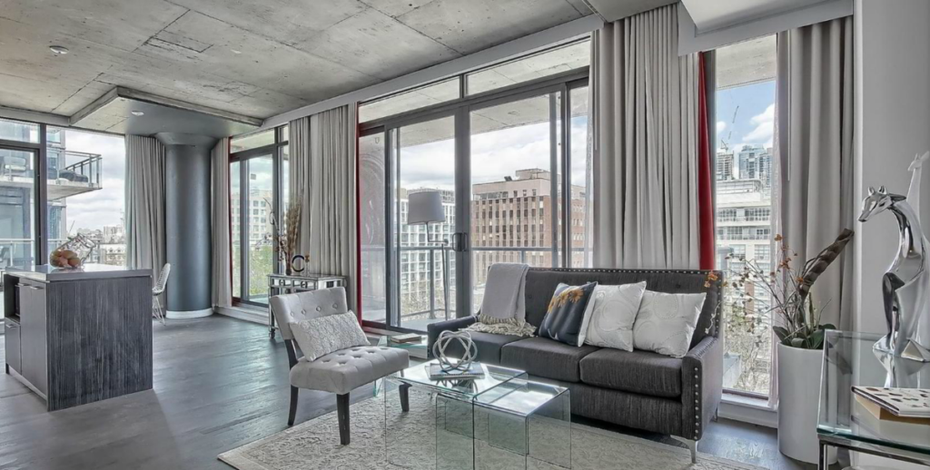 KING WEST REAL ESTATE - FASHION HOUSE TWO BEDROOM FOR SALE - CONTACT YOSSI KAPLAN
