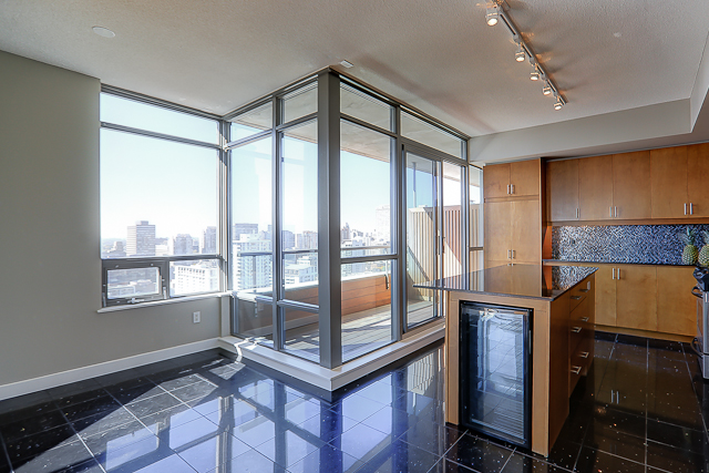 Radio City Condos - 281 Mutual St - Penthouse For Sale - 10