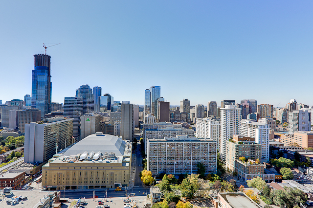 Radio City Condos - 281 Mutual St - Penthouse Views