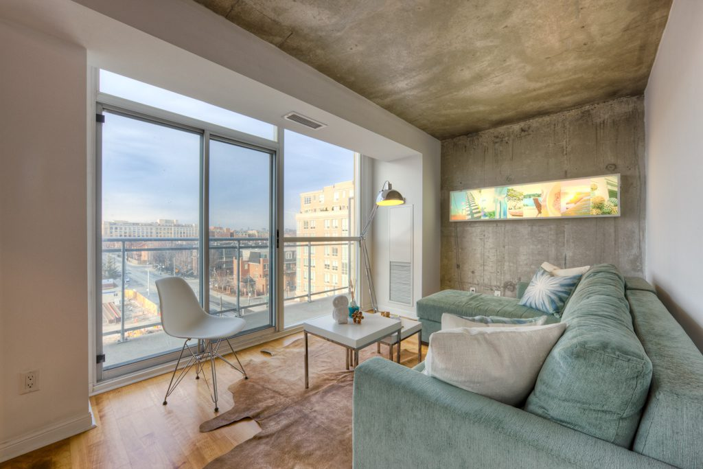 THOMPSON RESIDENCES - CONDOS FOR SALE TWO BEDROOM - CONTACT YOSSI KAPLAN