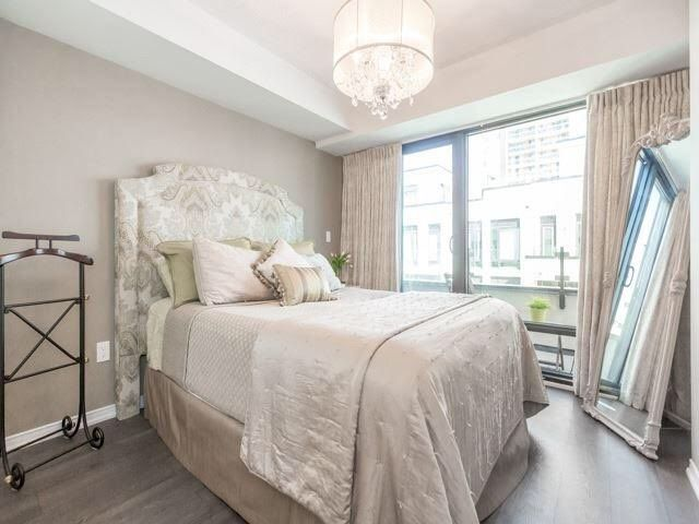 The Niagara - Bedroom