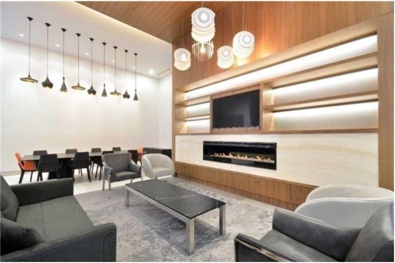 Pinnacle Condos - Lounge